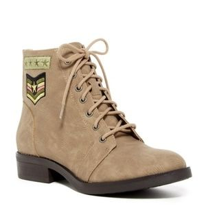 New Madden Girl Foxtrot Combat Military Boots 9